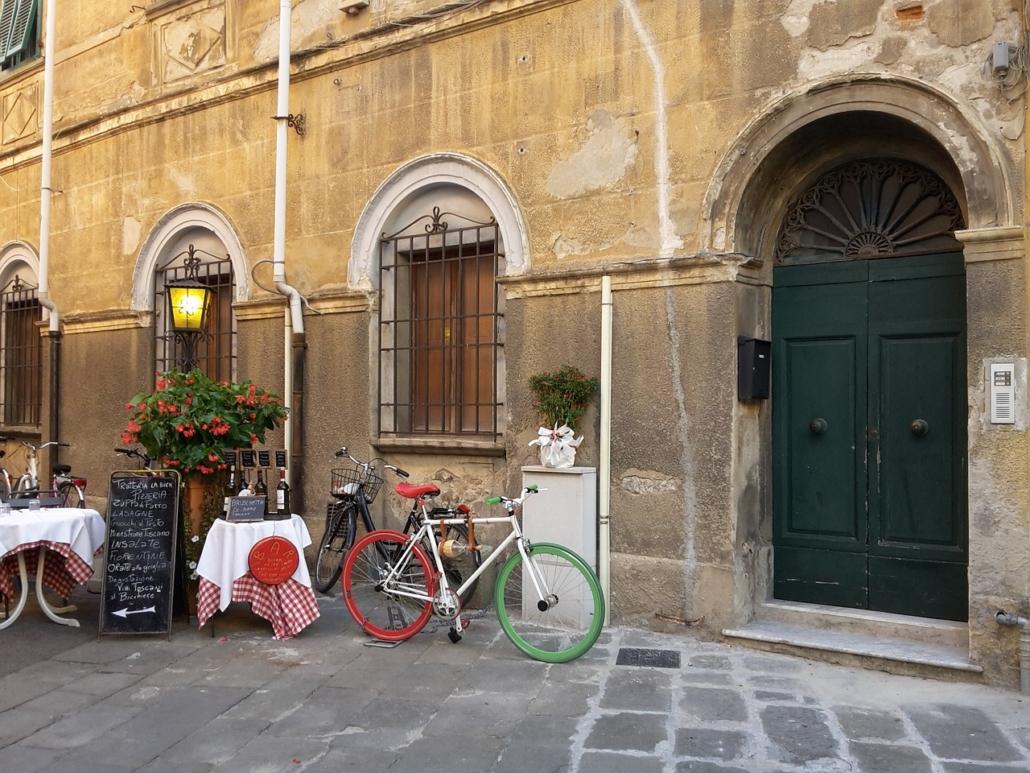 Tolle Locations zum Übernachten und Ausgehen in Reggio Calabria