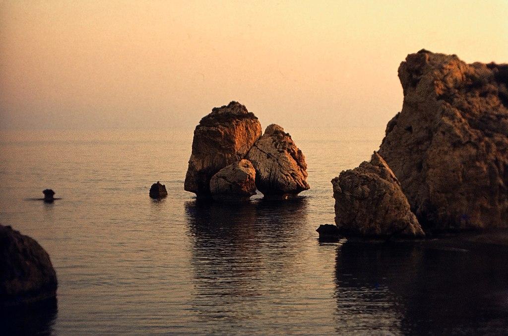 Aphrodites Rock - Petra Tou Romiou