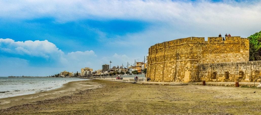 Zypern: Sonnige Trauminsel mit bewegter Vergangenheit
